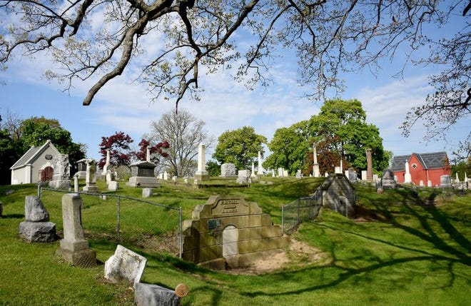 A walking tour of Woodlawn Cemetery is one of the classes to be offered June 9 by St. Paul's United Methodist Church. Local historian Chris Kull will lead the tour.