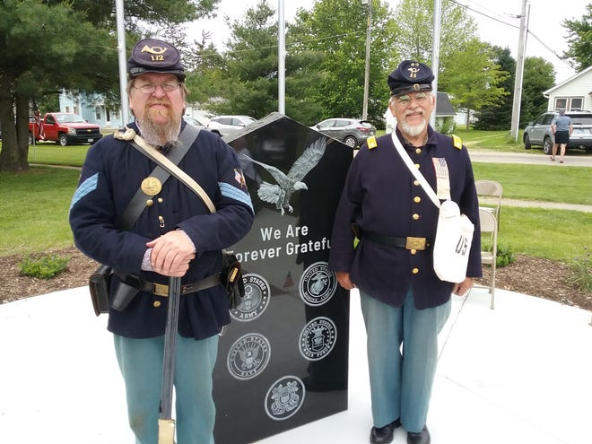 Sgt. Mike Sullivan, Cambridge, represented 112th IL VOL INF, recruited from Henry and Stark Co.; and Lt. Col. Dick Wells, Neponset, represented Co I, 27th IL VOL INF, recruited from Neponset during Monday's ceremony.