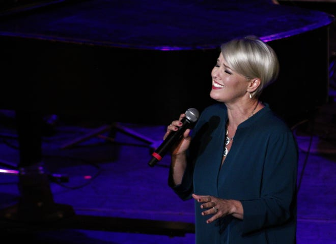 Singer Kristen Hertzenberg's concert with a small Abilene Philharmonic ensemble and a trio of backup singers brought songs of unity and hope to the Paramount Theatre last weekend.