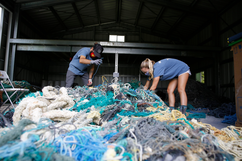 Study seeks origins of ghost nets that haunt Hawaii's shores 1