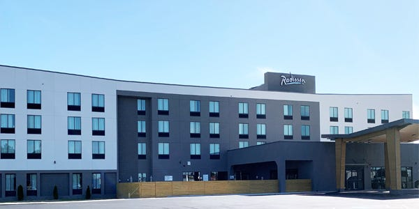 The Radisson Hotel West Memphis has opened in West Memphis.