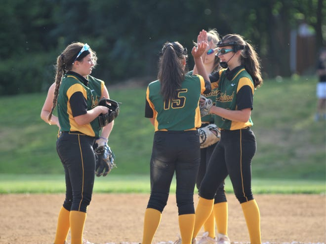 Lakeland clinched another league title and the No. 1 seed in the Section 1 Class A1 bracket thanks to its 10-3 win over Hen Hud on Tuesday, June 1, 2021.