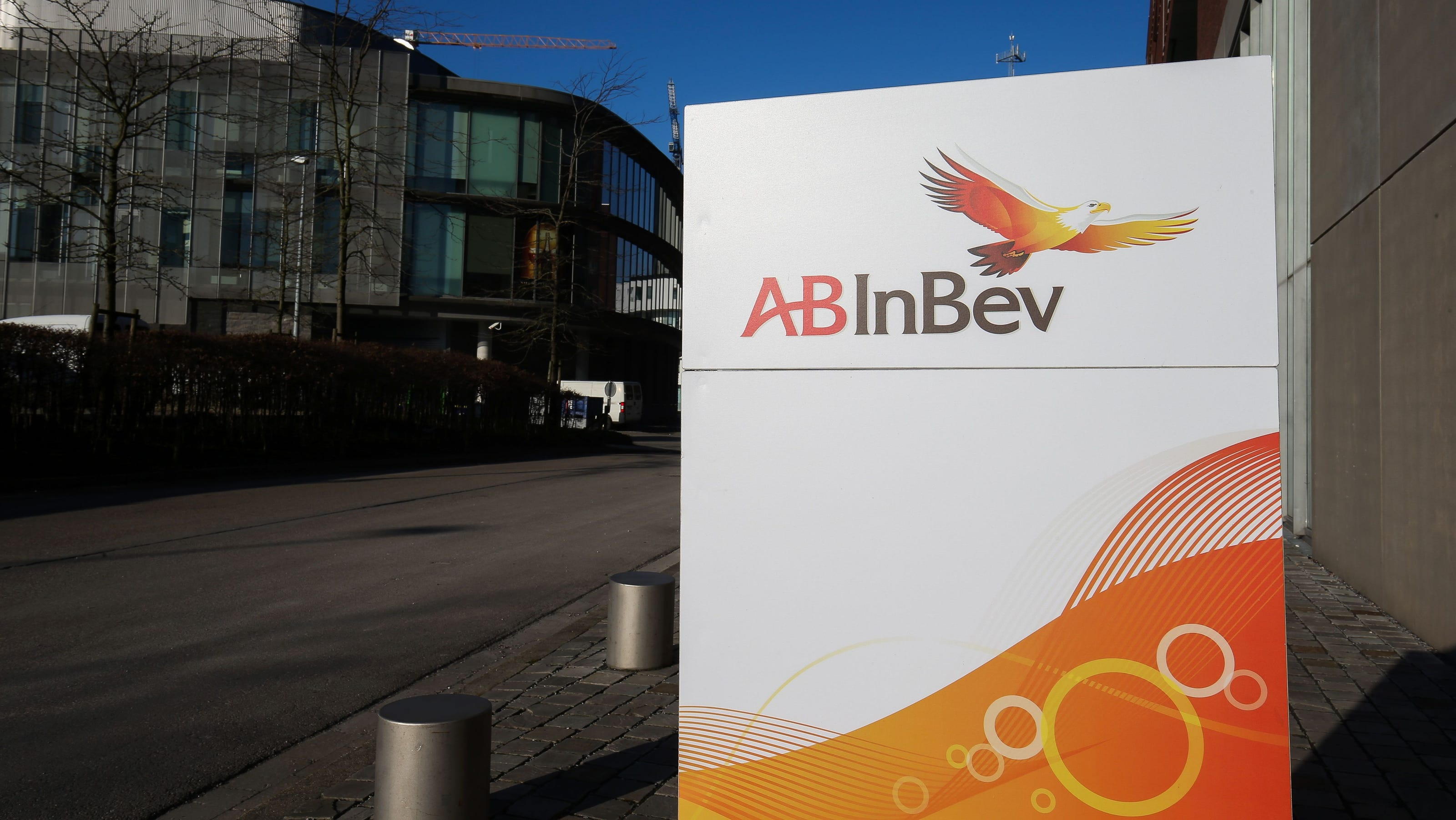 Anheuser-Busch says it will give away free beer if 70% of U.S. adults get at least partially vaccinated by July 4