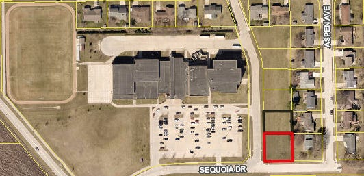 A screen shot taken from Des Moines County GIS shows the two lots, indicated by thick red and black lines, adjacent to Edward Stone Middle School that the Burlington School District is considering selling to Hope Haven Area Development Center for development of a home- and community-based services waiver home.