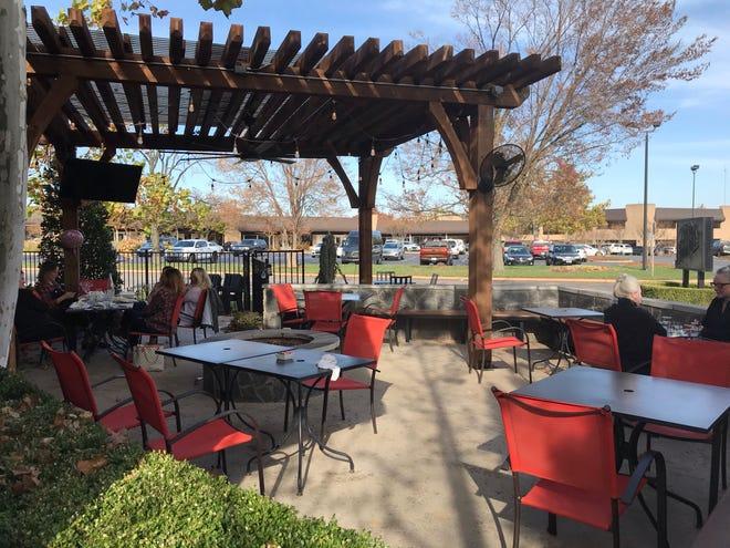 Si prevede che i pasti all'aperto diventino popolari nel 2021 intorno a 405 ristoranti in luoghi come The Hutch on Avondale.