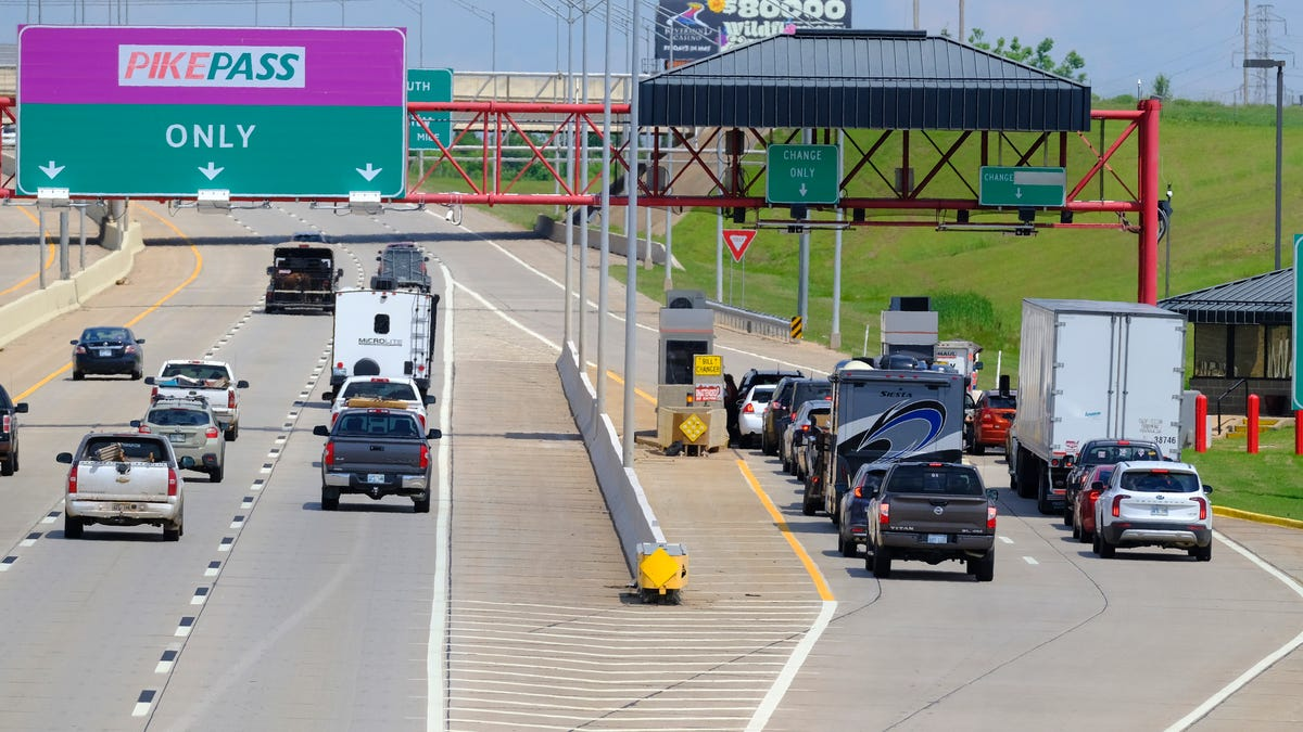 Oklahoma Turnpike PikePass system fails Congressional mandate for national system