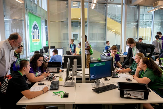 Pre-college students learn about computing and robotics during a Missouri S&T summer camp in 2019. Photo by Tom Wagner/Missouri S&T