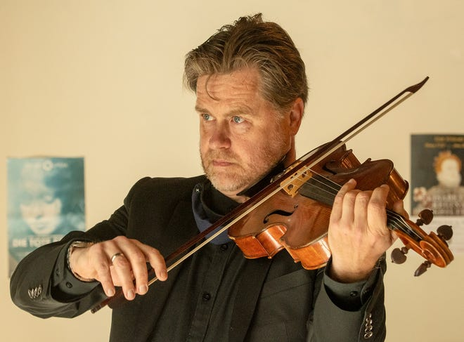 Peter Sulski is a classical violist and music teacher