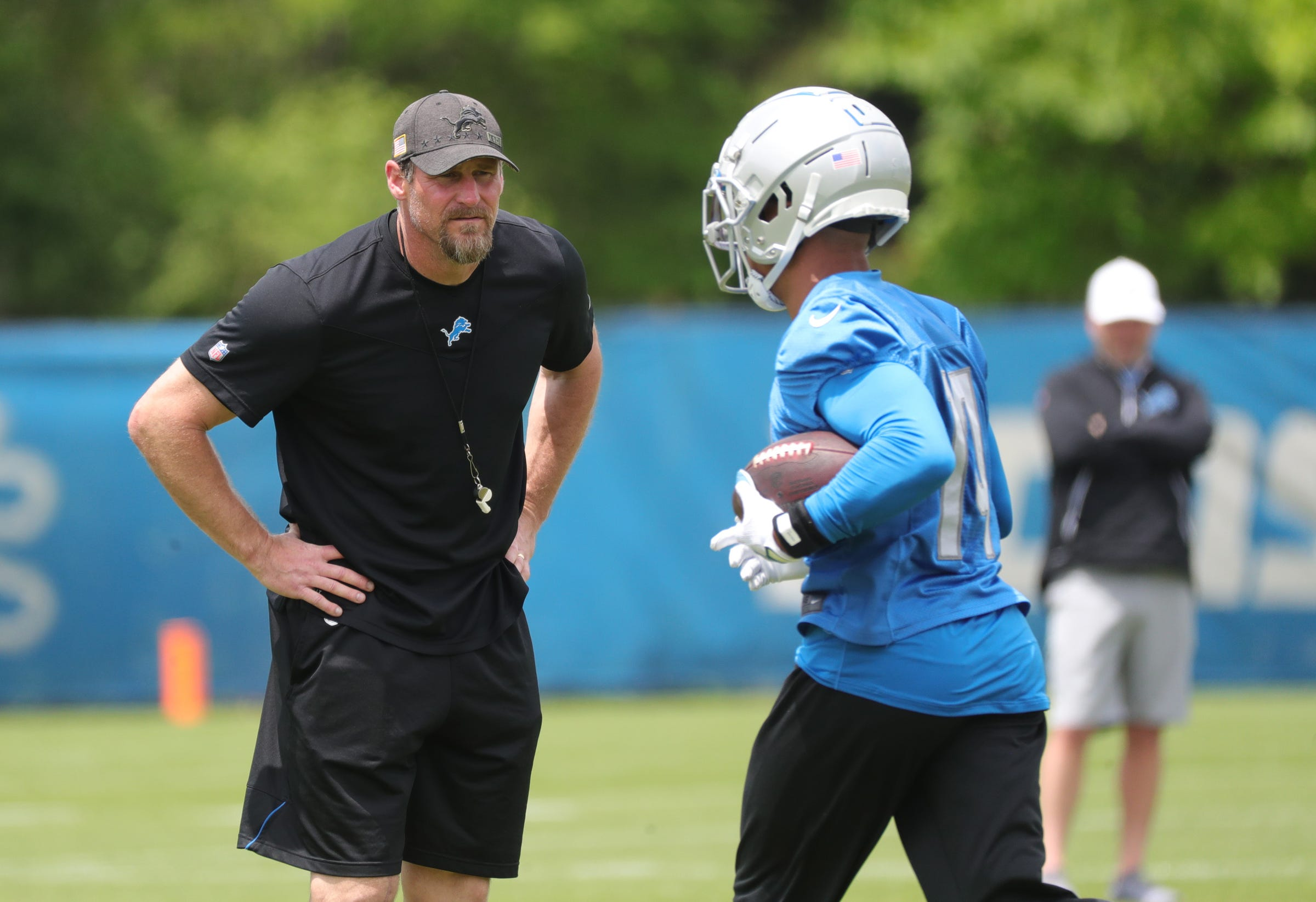 Detroit Lions coach Dan Campbell 'not worried' about criticism from media for helmet stunt