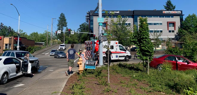 A three-vehicle crash snarled traffic at Commercial St. SE and Vista Ave. SE Wednesday, June 2, 2021.