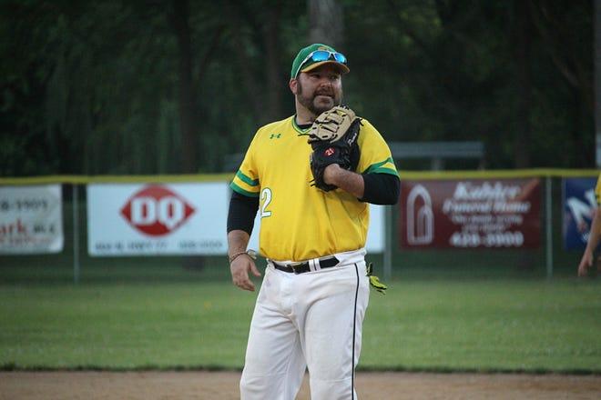 Matt Zimmer at first base for the Renner Monarchs