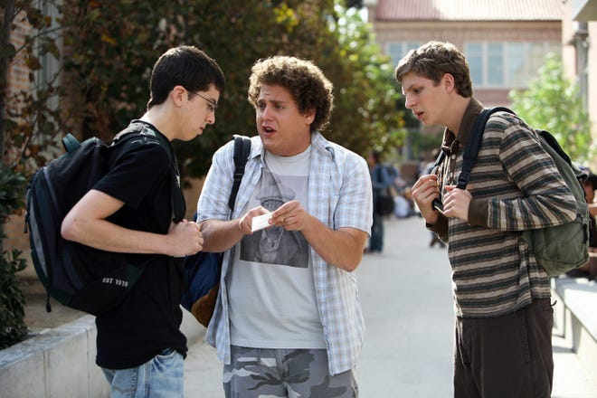 """Fogell shows off his fake McLovin ID to Seth and Evan in """"Superbad"""""""