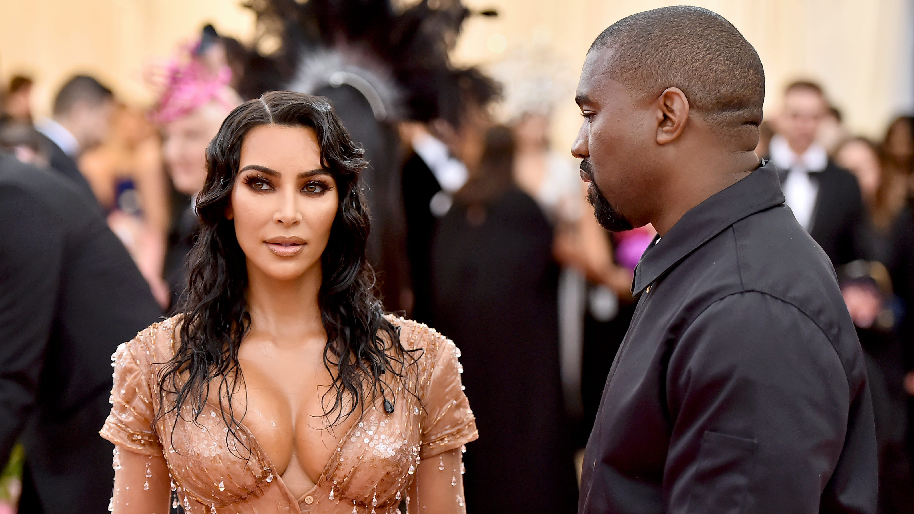 Kim Kardashian sobs over Kanye West marriage woes on 'Keeping Up'