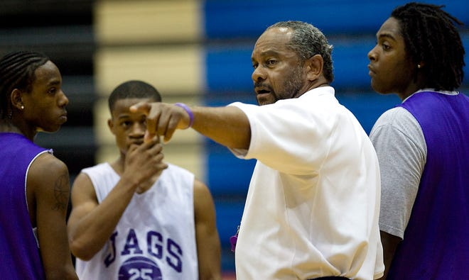 Freddie Roland, instructing his players in this 2009 photo, retired as LBJ boys basketball coach Friday. He had been with the Jaguars since the 1996-97 season.