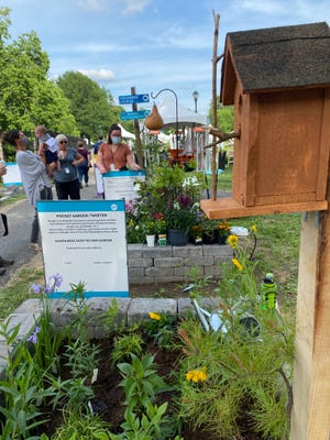 A photo of the PPA Rain Garden at the Philly Flower Show.