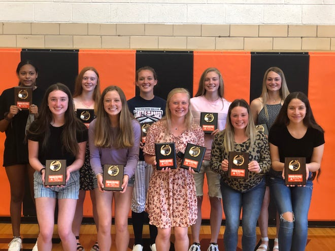 Kewanee High School recently handed out year-end awards to its girls volleyball team. Front row, from left: Avery Yepson - Freshmen Boilermaker Spirit Award; Jillian Bennison - Freshmen Heart and Hustle Award; Josie DeBord - Varsity Most Digs, Varsity Boilermaker Spirit Award; Ava LaFollette - Sophomore Boilermaker Spirit Award; and Mayra Diaz - Sophomore Offensive MVP. Back Row: Alexa Taylor: Freshmen Most Improved; Regan Coombes: Varsity Most Improved; Kendal Bennison: Varsity Most Assists; Emma Crofton: Varsity Most Blocks; and Makaela Salisbury: Varsity Most Kills and Most Aces. Teammates missing from photo are: Harper Gillespie: Sophomore Defensive MVP; Larissa Meyer: Sophomore Most Improved.