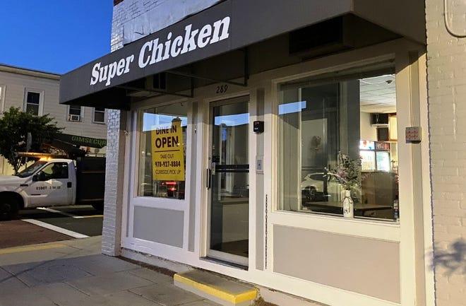 Il Super Chicken nel centro di Beverly ha chiuso definitivamente il 28 maggio.