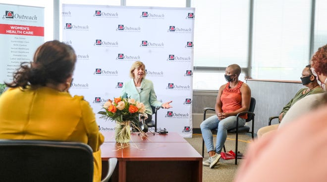 U.S. Sen. Tammy Baldwin, middle, speaks with Tonda Thompson, from right to left, Dalvery Blackwell, Kiara Schott and Nicole Angresano during a recent roundtable discussion to enhance Medicaid benefits to cover low-income pregnant women and improve health outcomes.