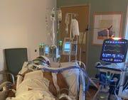 Marcelo Dicona, pastor de Experience Church en Glendale, ingresó en el hospital luego de un accidente de natación el 10 de mayo de 2021 en México y se sometió a dos cirugías de columna.