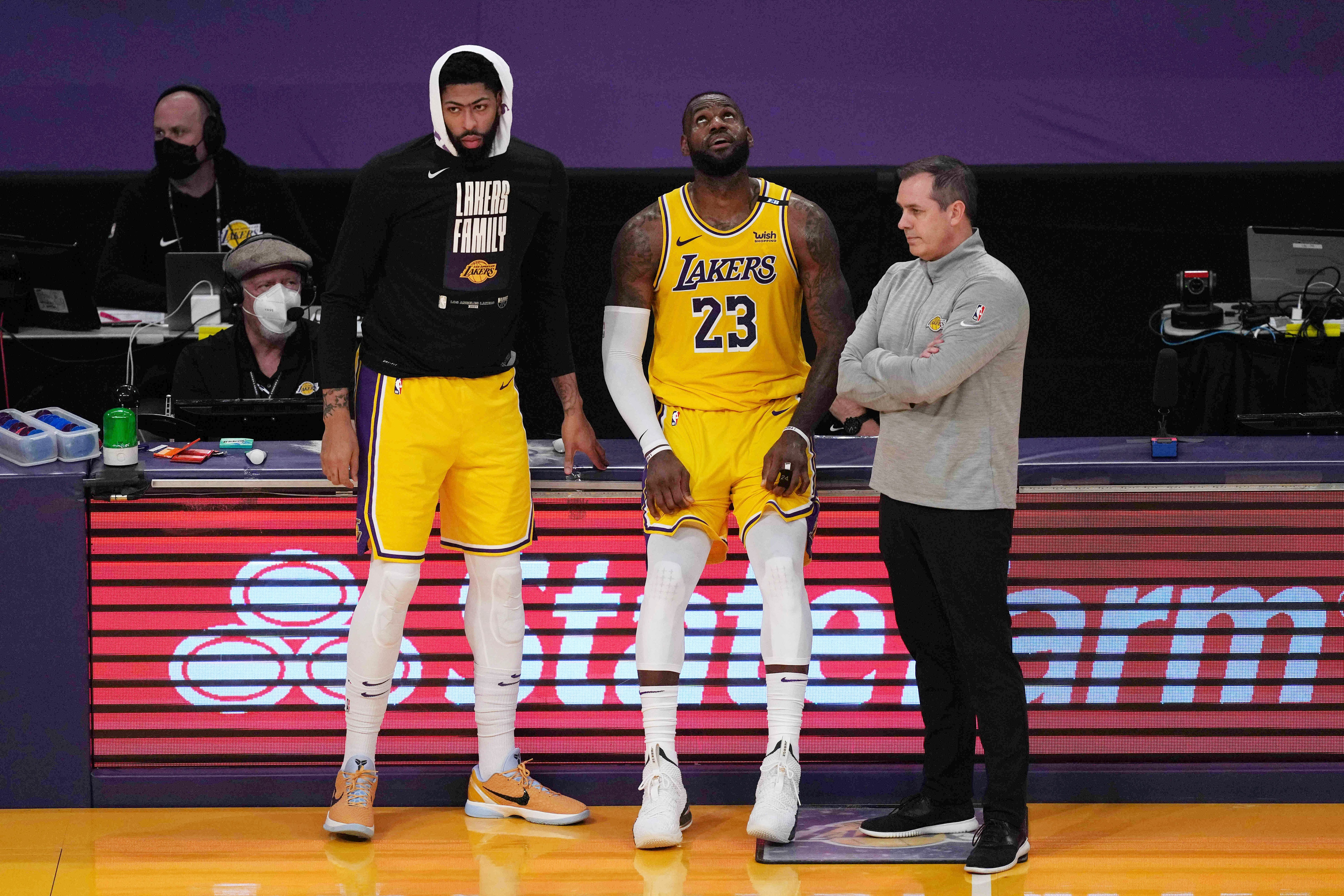 Opinion: Lakers' early exit more a result of compressed season and injuries than roster fit