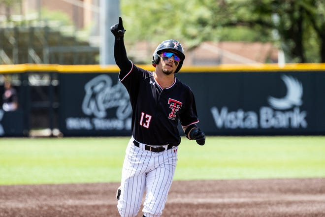 Texas Tech shortstop Cal Conley has signed with the Atlanta Braves, who took him in the fourth round of the MLB draft last week. Conley won the Brooks Wallace Award as the nation's top college shortstop this season.