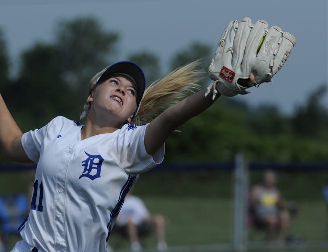 Dundee second baseman Kayla Turner makes a great catch against Jefferson Saturday.