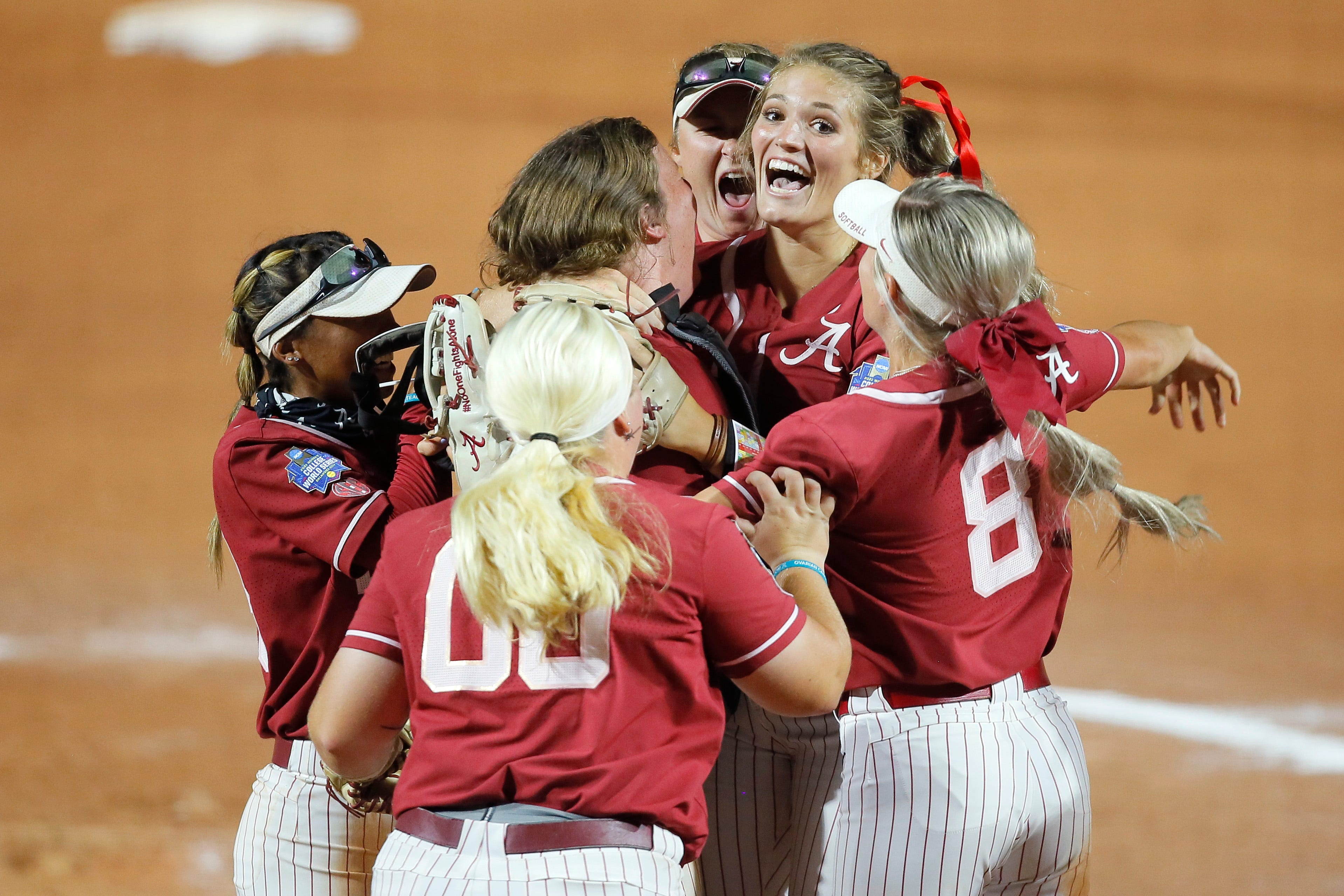 Courtney Blades-Rogers impressed by Alabama's Montana Fouts, 21 years after her own perfect game