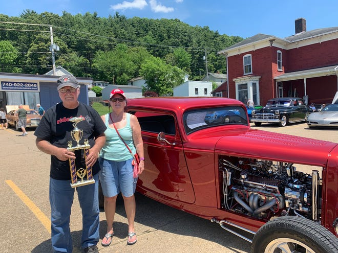 Best of Show was 1932 Ford Coupe owned by Gloria and Chuck Tomer of Bolivar.