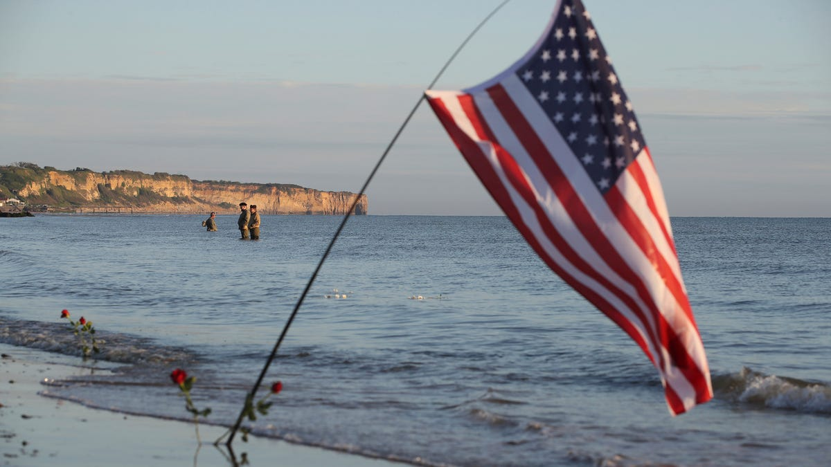 Normandy commemorates 77th anniversary of D-Day with small crowds, but big heart 3