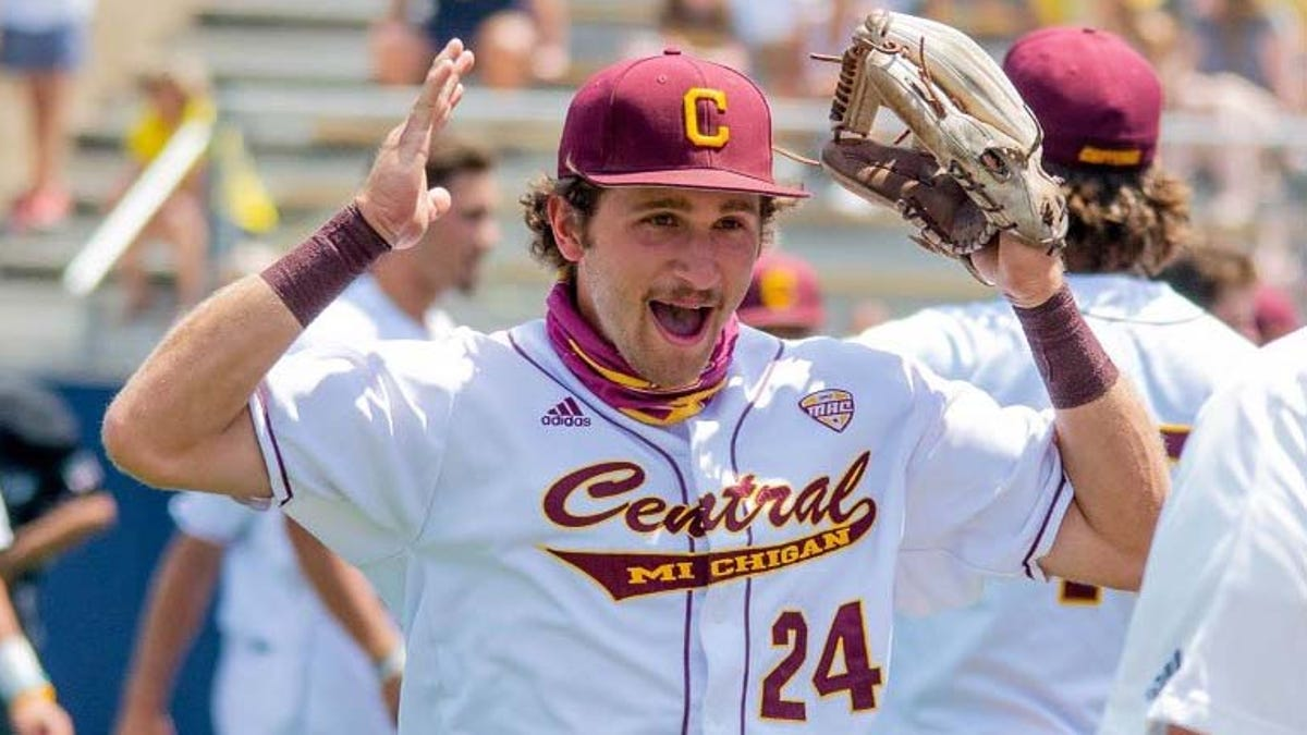 Central Michigan eliminated from NCAA Tournament by offensive juggernaut Notre Dame 1