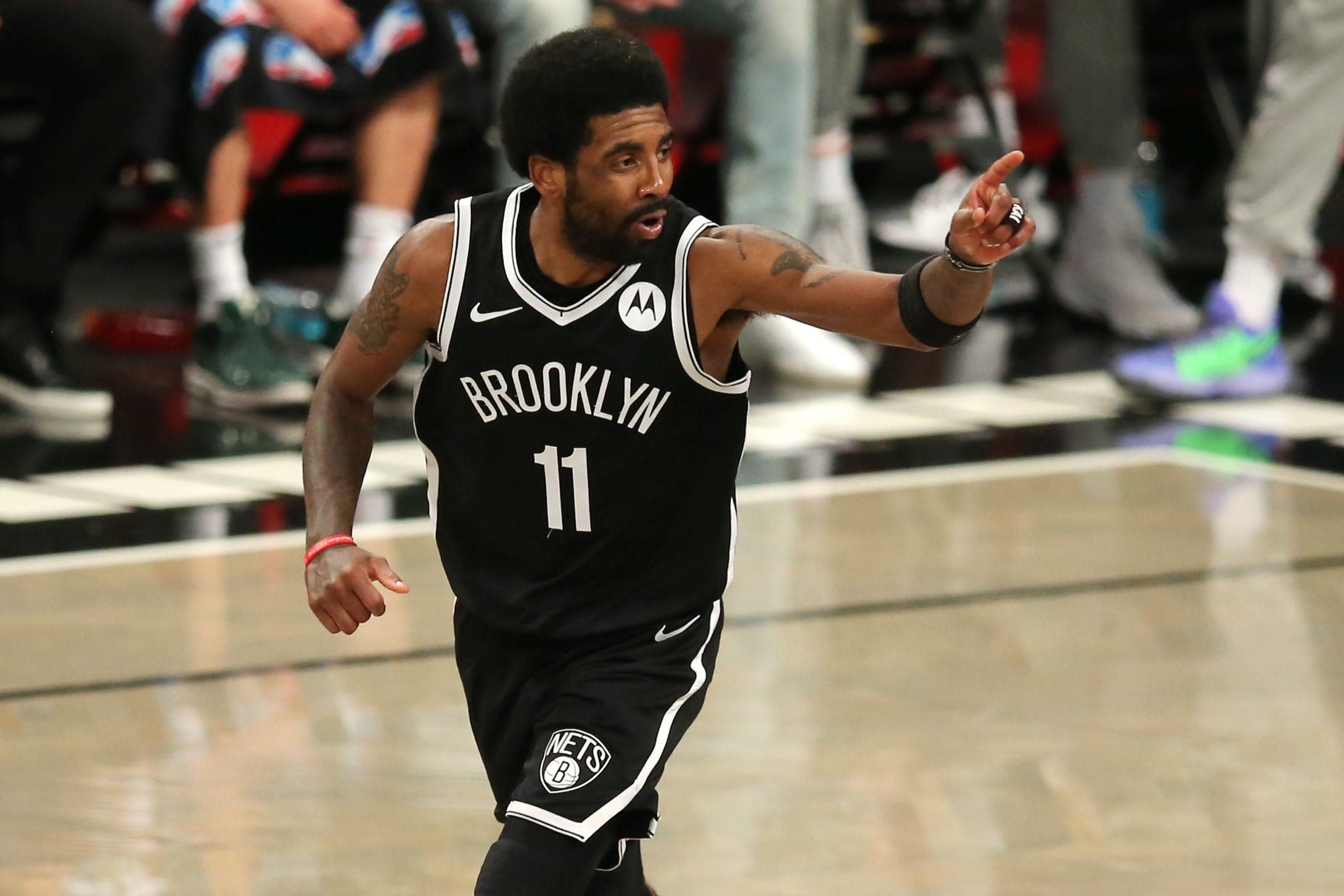 Nets top cold-shooting Bucks in series opener after James Harden leaves with hamstring injury