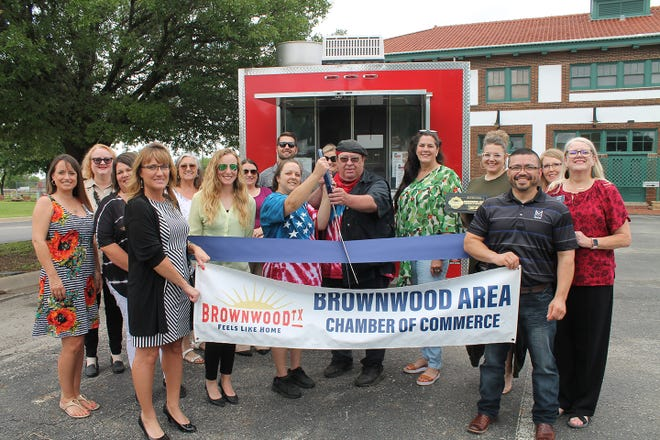 The Brownwood Area Chamber of Commerce recently held a ribbon cutting for Sweetman's Hot Dogs . Sweetman's Hot Dogs is a food truck in Brownwood. that sets up at local bars, parties and events. Michael Sweetman is the owner of this family operated business.  To book the Sweetman's Hot Dog truck call (325) 518-5884.