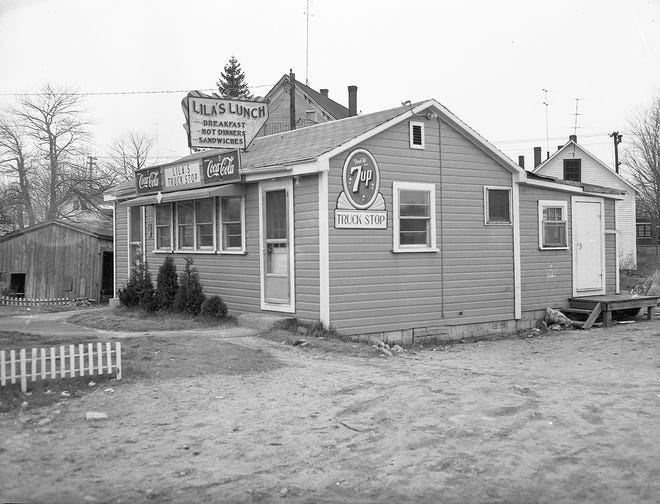 Lila's Lunch as seen in the early 1950s in Gardner.