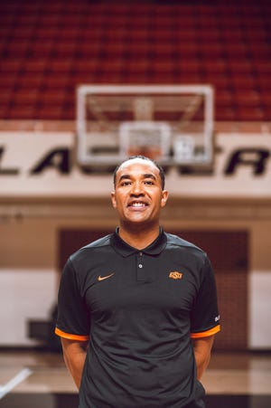 Larry Blunt was named an assistant coach at Oklahoma State on Monday.