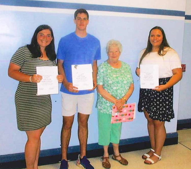 Nancy Pribelsky, president of the Veterans Home Berlin, Unit 445, gave awards to Elijah Sechler, Aubrey Weyant, Sadee Straight, Gracyn Sechler, Mckenzie Moore andPeyton Grenke for their essays. Other awards were given to the seventh and eighth grade students for their essays: Hailey Chonko, McKelvey Foor and Bentley Moore.
