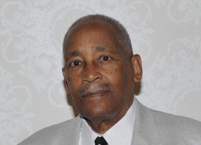 Bill Crisp, former member of Fayetteville City Council, died Thursday at 81.