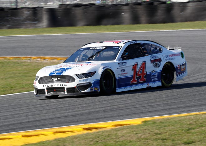 Mitchell's Chase Briscoe battled to a 17th-place finish Sunday in the NASCAR Cup Series race.