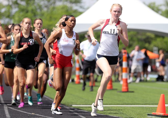 Thomas senior Carina Napoleon sprints ahead of Cincinnati Princeton's Keniya Dexter in the 800 meters in the Division I state meet. Napoleon finished fourth (2 minutes, 12.42 seconds) on June 5 at Hilliard Darby.