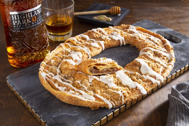 O&H Danish Bakery teamed up withHighland Park Whiskyto create a limited-edition whisky kringle ahead of Father's Day 2021.