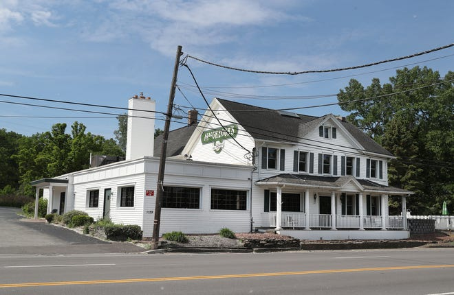 The MacGregor's on Empire Boulevard in Penfield appears to be closed and for sale.
