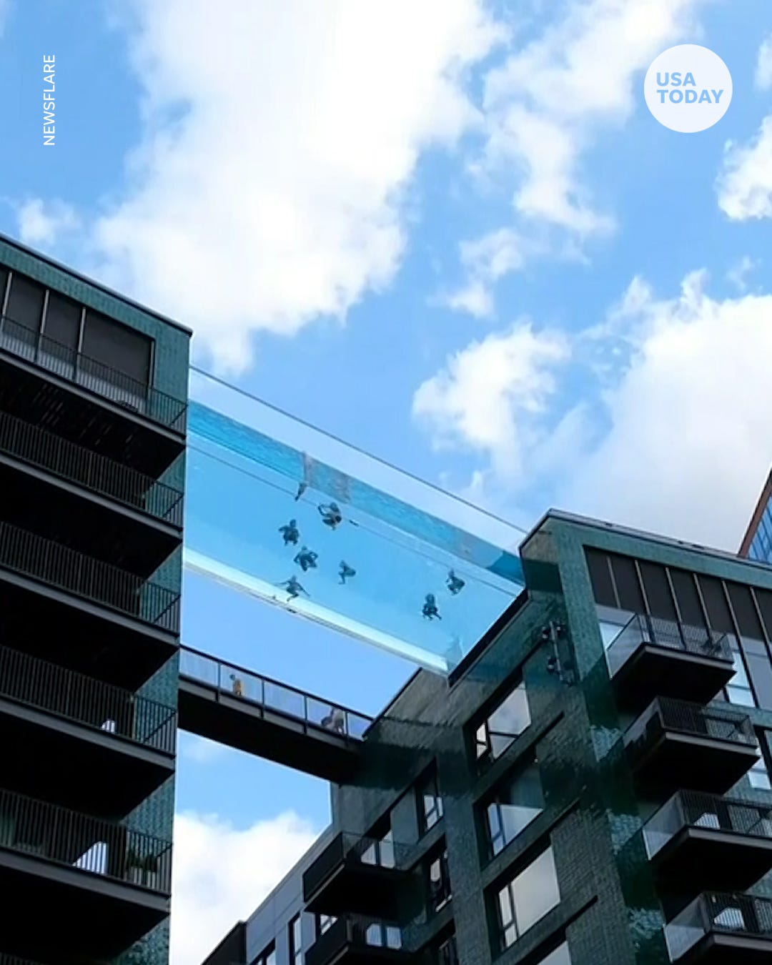 London pool with glass bottom sits 115 feet in the air