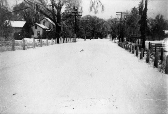 """This 1930s view shows Pittsford-Victor Road, also known as Ketchum Road, prior to the major 1939-40 project, which transformed it into an """"ultramodern superhighway."""""""