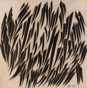 بدون عنوان عمر النقيتي (القاهرة ، مصر ، 1931-2019) ، 1970s Wood Mixed media، 47 × 47 in.  صالة عرض مؤسسة بارجيل للفنون ، الشارقة ، الإمارات العربية المتحدة