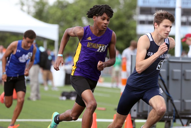 Reynoldsburg's Marsellis Davis competes in the 800 meters in the Division I state meet June 5 at Hilliard Darby. Davis, a senior and Howard commit, finished 17th in the 800 in 1 minute, 59.24 seconds.