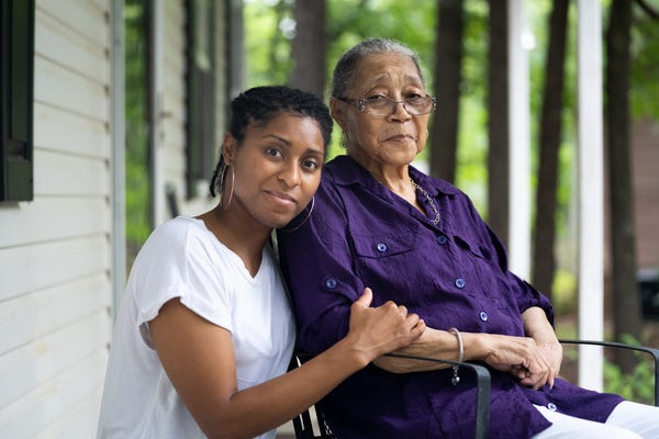 From left: Filmmaker Quia Thompson with her grandmother Linda Martell, a trailblazing country artist.