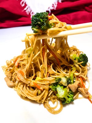 Teriyaki Chicken Chow Mein is loaded with tender, succulent chicken and vegetables, and the perfect amount of noodles.