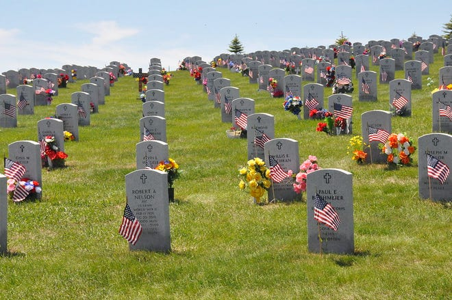 Among those interred are a Civil War Veteran, John A. Murray, who died April 20, 1916. His remains were re-interred on August 18, 1992. There are two Spanish-American war Veterans, 14 Veterans who served during World War I, 2,458 of World War II, 1,861 of the Korean War, 1,400 of the Vietnam War, 100 of the Persian Gulf conflict, and 38 Veterans who served in the military during the Global War on Terrorism era.