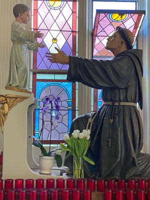 There are many statues inside St. Leonard's Church in the North End.