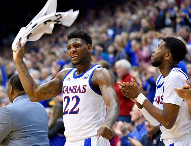 Former Kansas forward Silvio De Sousa (22), who last played for the Jayhawks in 2019-20, has placed his name in the NCAA transfer portal.
