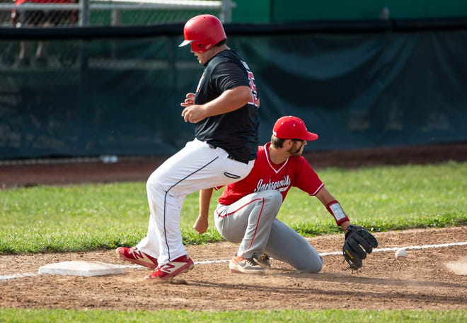 Springfield's Ryne Crum (25) beats the throw to third base against Jacksonville in the third inning during the Class 3A Regional Finals at Robin Roberts Stadium in Springfield, Ill., Tuesday, June 8, 2021. [Justin L. Fowler/The State Journal-Register]